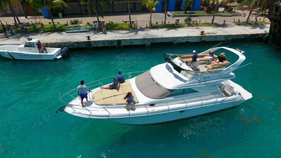 Sea Ray 40 pies renta cancun yate