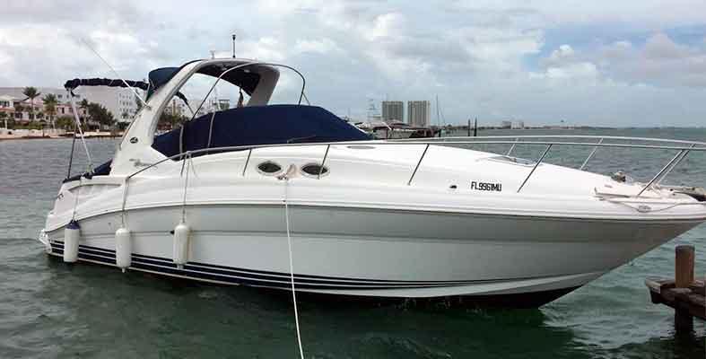 Renta de yataes en Cancun, yates economicos, yates de lujo, charter privado, charter de lujo, charter en yate, tour de snorkel, isla mujeres, cancun, puerto cancun, puerto morelos, puerto aventuras, playa del carmen, cozumel, tulum, Sea ray 32 pies