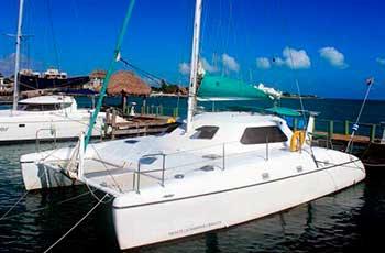 Renta de CATAMARAN ECONOMICO en cancun, riviera maya, isla mujeres, playa del carmen, puerto morelos, puerto aventuras, cozumel