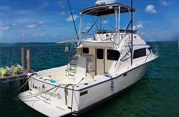 Renta-de-yates-en-Cancun,-renta-de-yate-de-pesca--beltram-de-33-pies