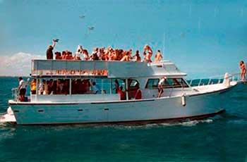 Renta de yates en Cancun, renta de barco para grupos grandes, yates, grupos, economico, isla mujeres, cancun