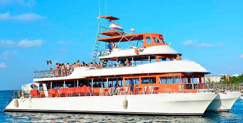 Renta de yates en Cancun, Renta de yate para grupos grandes, yates para grupo, charter privado, cancun, isla mujeres, norkel, barra libre, fiesta