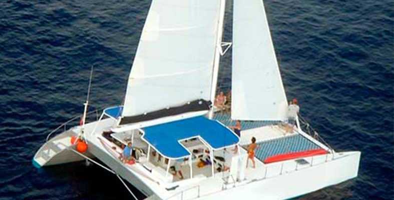 renta de catamaranes en Puerto Aventuras