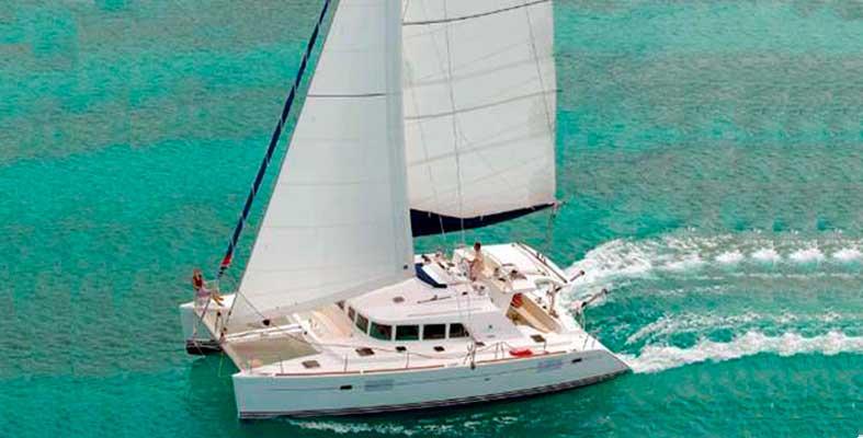 Renta de catamaran de lujo Cancun y Riviera Maya