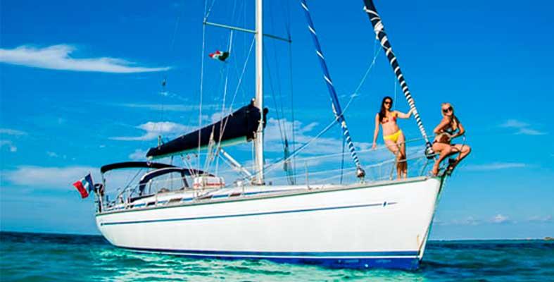 Renta de velero en Cancun, Bavaria 44, Isla Mujeres