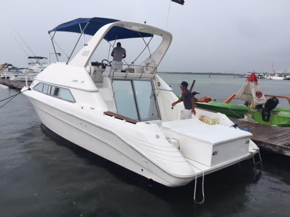 Renta de yates en Cancún Sea Ray de 38 pies Cozumel, Playa del Carmen Puerto Morelos Isla Mujeres Tour de Snorkel Despedida de soltera