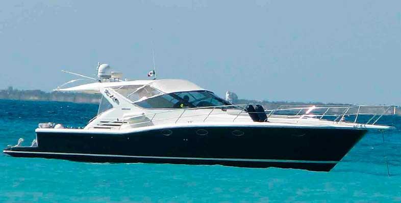 Renta de yates de lujo en cancun para charter privado a isla mujeres Yate Uniesse La Frenesia de 48 pies