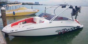 Renta de yates de lujo en Cancun lancha rapida para tour de snorkel privado en isla mujeres