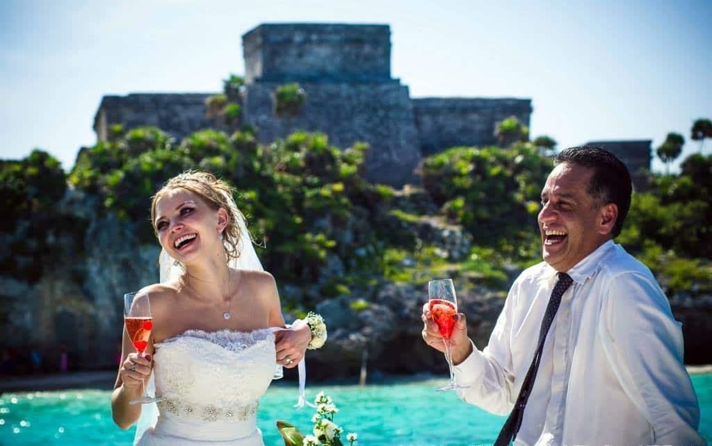yates y barcos para bodas en cancun