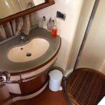 Azimut 62 baño