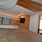 renta de yates Mediterra 40 año 2002 Puerto Vallarta camarote tele