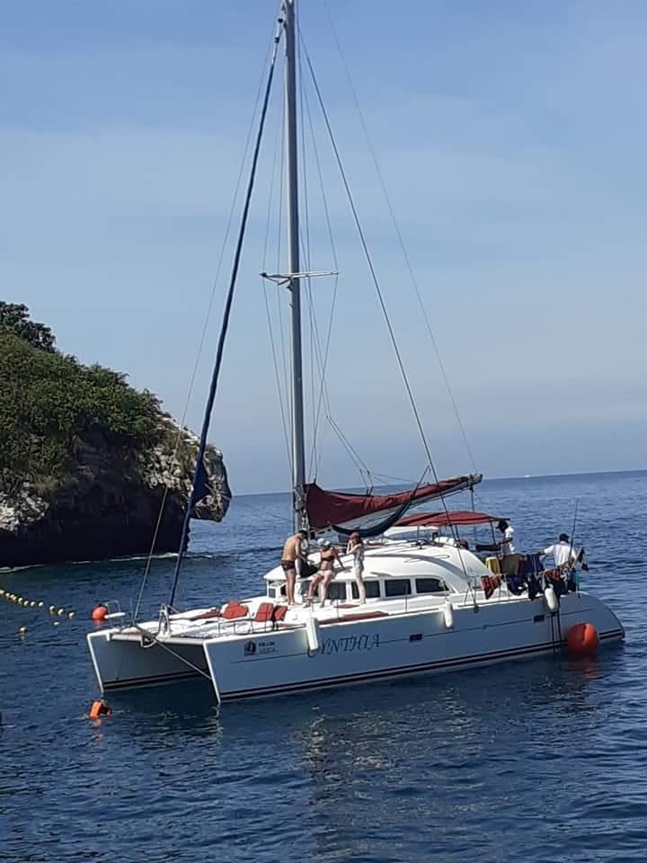 Lagoon 38 a la renta en Puerto Vallarta