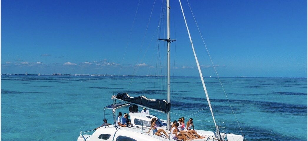nalgone catamaran en renta cancun