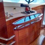 yate Azimut 58 marina Vallarta a la renta dentro